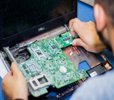 Service Laptop Acer Axioo Toshiba Cepat dan Bergaransi di Ubud